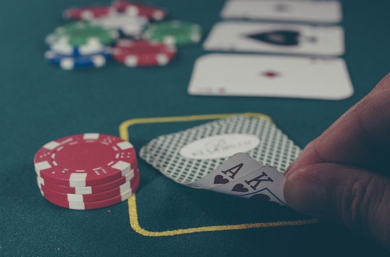 win in an online roulette game